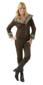ae75e544460 Lätt att vara välklädd med kläder från GareDeRobe, kläder för medvetna  kvinnor   Kvinna med smak